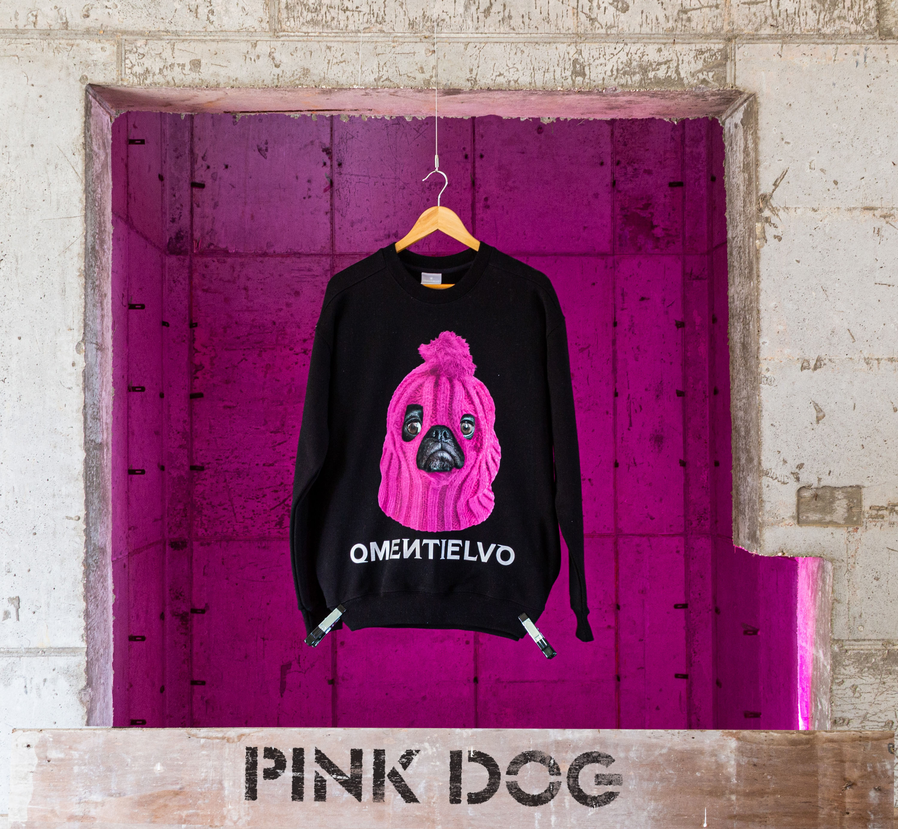 [Sweat Shirt]  Black_PINK DOG
