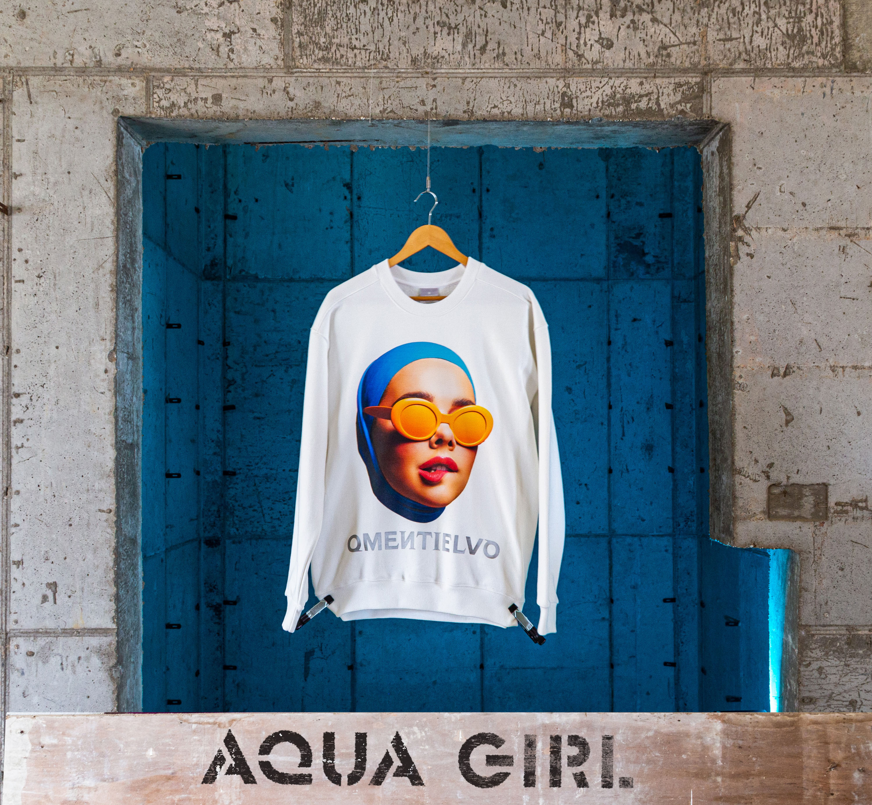 [Sweat Shirt]  White_AQUA GIRL