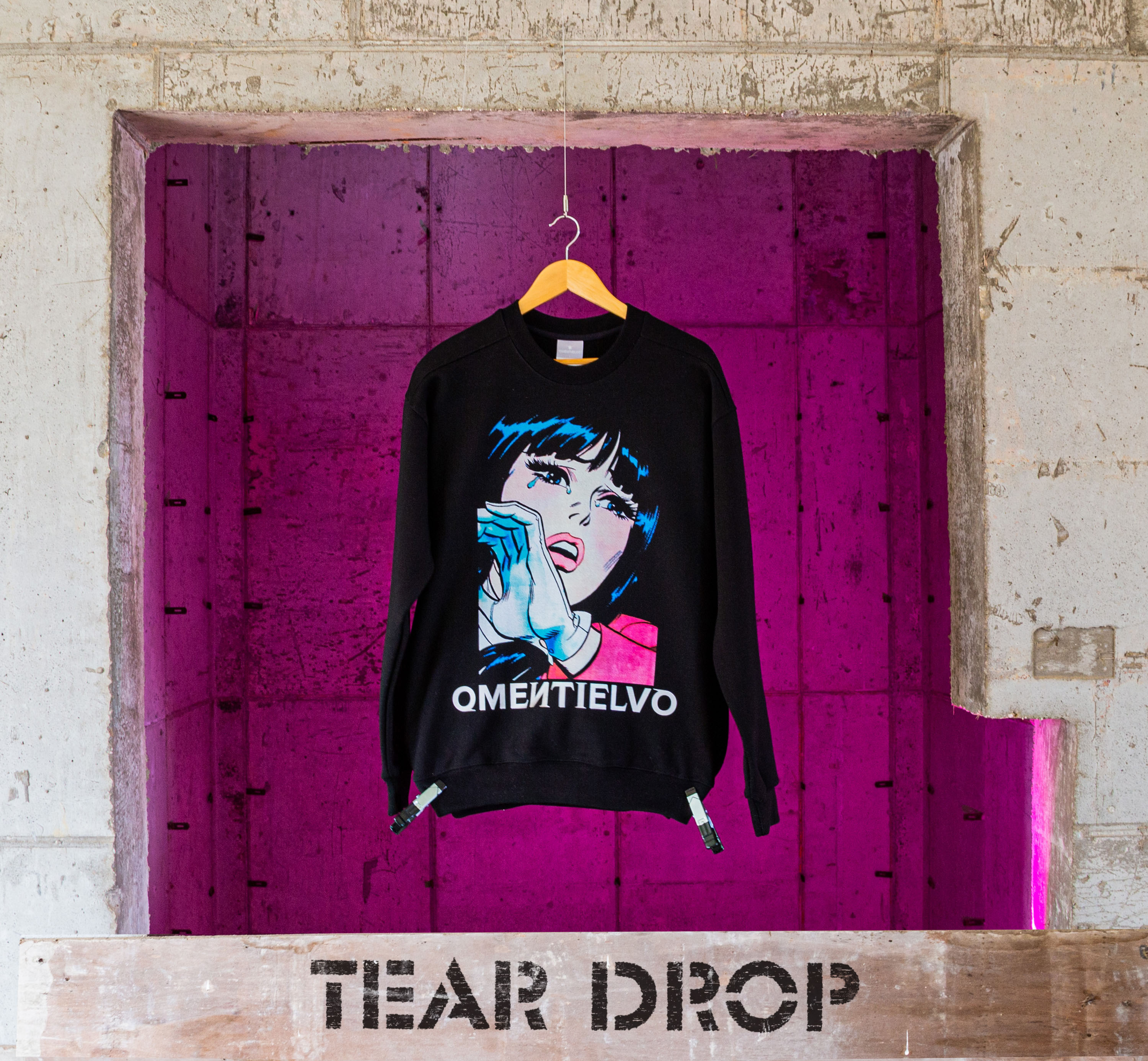 [Sweat Shirt]  Black_TEAR DROP